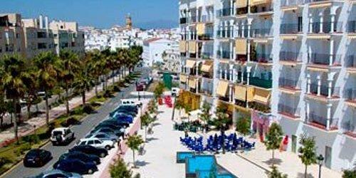 Забронировать Apartamentos Miguel Angel