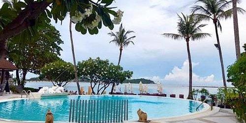 Забронировать Iyara Beach Hotel And Plaza