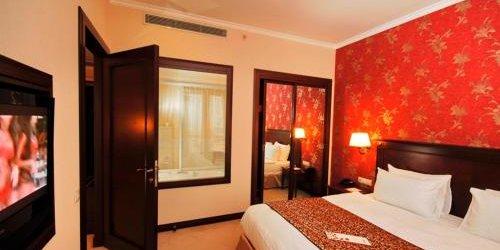Забронировать Hotel Monec