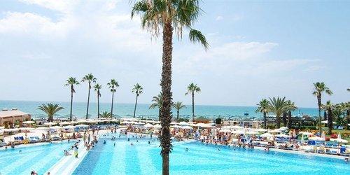 Забронировать Adora Golf Resort Hotel