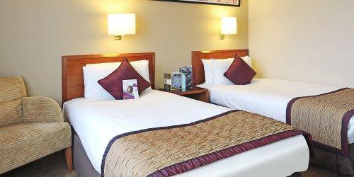Забронировать Crowne Plaza Manchester Airport