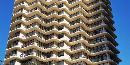 Забронировать Beachcomber Resort