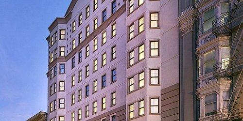 Забронировать Orchard Hotel