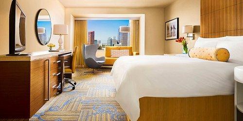 Забронировать JW Marriott Los Angeles L.A. LIVE