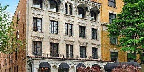 Забронировать The Willows Hotel