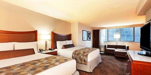 Забронировать Wyndham Grand Chicago Riverfront