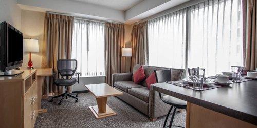Забронировать Comfort Suites Michigan Avenue