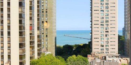 Забронировать Thompson Chicago