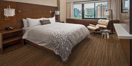 Забронировать Renaissance Washington DC Downtown Hotel