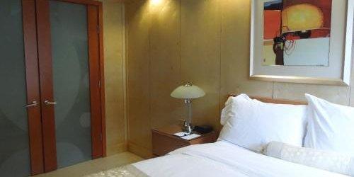 Забронировать The Eldon Luxury Suites