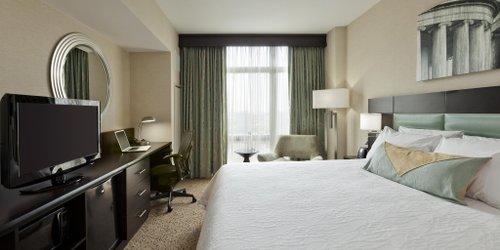 Забронировать Hilton Garden Inn Washington D.C./U.S. Capitol
