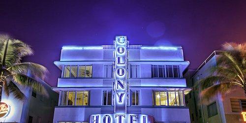 Забронировать Colony Hotel