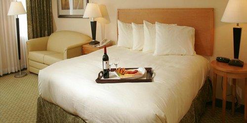 Забронировать The Florida Hotel & Conference Center