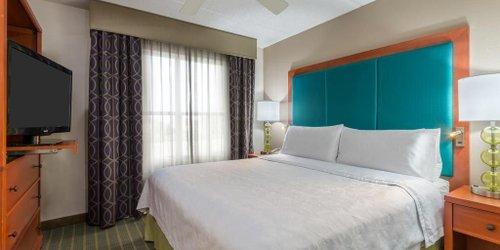 Забронировать Homewood Suites by Hilton Orlando-Nearest to Universal Studios