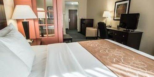 Забронировать Comfort Suites Orlando Airport