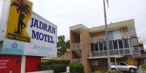 Забронировать Jadran Motel & El Jays Holiday Lodge