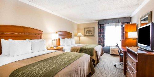 Забронировать Comfort Inn & Suites Anaheim