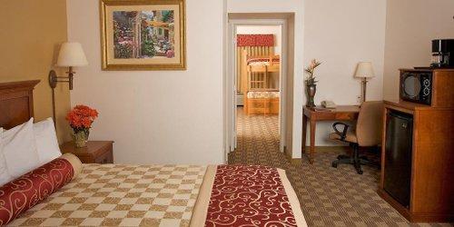 Забронировать Cortona Inn & Suites Anaheim Resort
