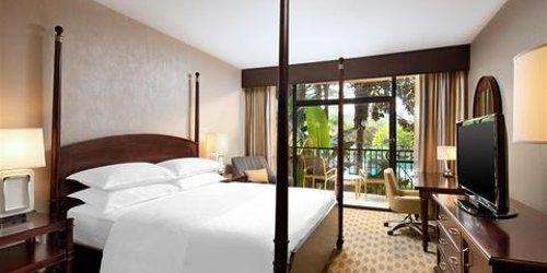 Забронировать Sheraton Park Hotel at the Anaheim Resort
