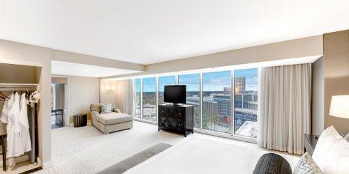 Забронировать Hilton Anaheim