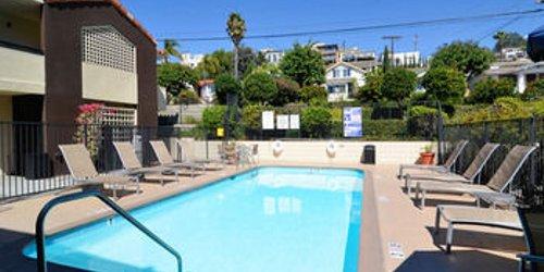 Забронировать Holiday Inn Express Hotel & Suites San Diego Airport - Old Town