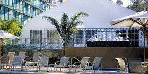 Забронировать Doubletree By Hilton San Diego Hotel Circle