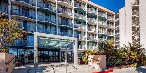 Забронировать Best Western Yacht Harbor Hotel