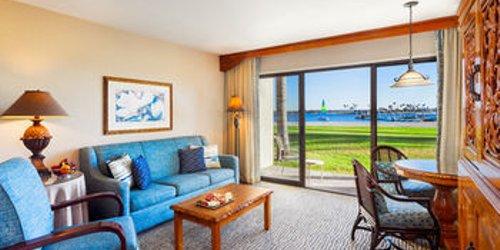 Забронировать Catamaran Resort Hotel and Spa