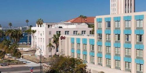 Забронировать Hampton Inn San Diego Downtown