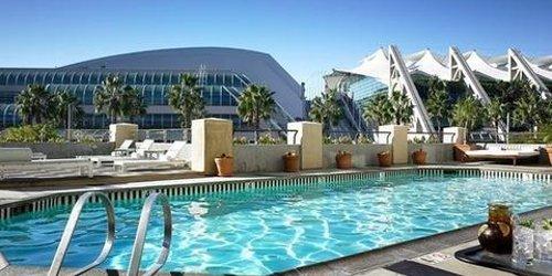 Забронировать Hilton San Diego Gaslamp Quarter