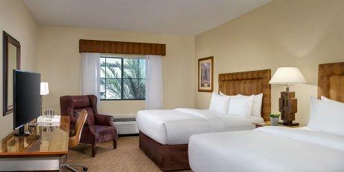 Забронировать Silverton Hotel & Casino