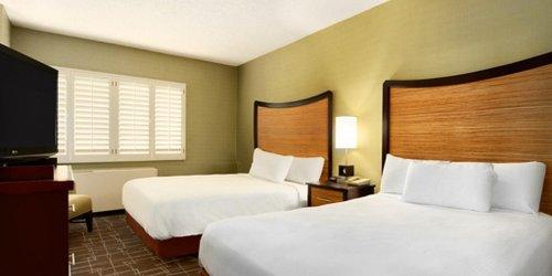 Забронировать Fremont Hotel and Casino