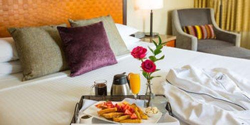 Забронировать The Paramount Hotel