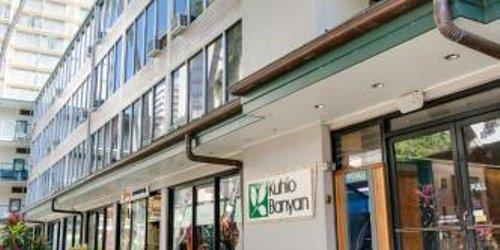Забронировать Kuhio Banyan Hotel