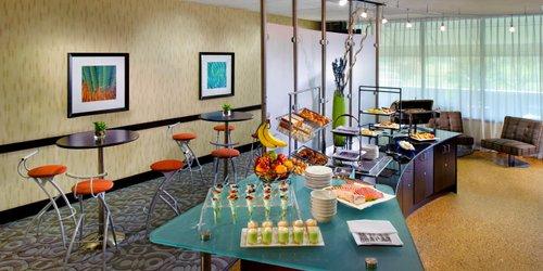 Забронировать Sheraton Miami Airport Hotel