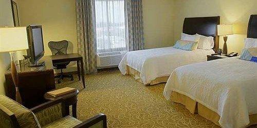 Забронировать Hilton Garden Inn Miami Airport West