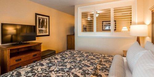 Забронировать Best Western PLUS Hilltop Inn