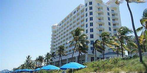Забронировать Pelican Grand Beach Resort