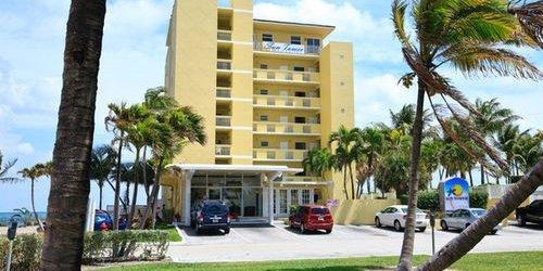Забронировать Sun Tower Hotel & Suites on the Beach