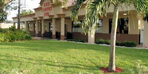 Забронировать Red Carpet Inn Airport Fort Lauderdale
