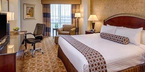 Забронировать Crowne Plaza Hotel Austin