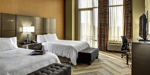 Забронировать Hampton Inn and Suites Austin University Capitol