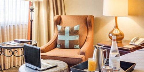 Забронировать Omni Austin Southpark Hotel