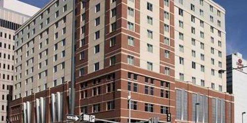Забронировать Hilton Garden Inn Denver Downtown