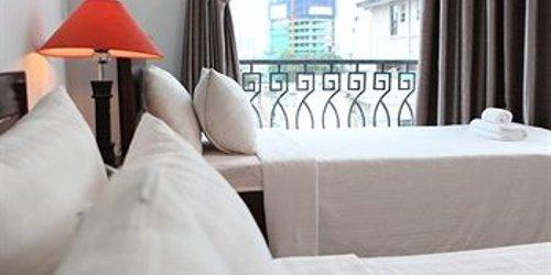 Забронировать Bizu Hotel District 1 (196-198 Bui Vien)