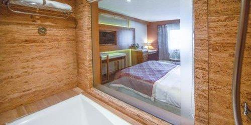 Забронировать Hotel Bawa International