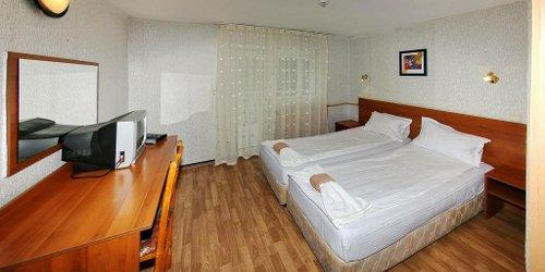 Забронировать Zora Hotel