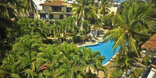 Забронировать Puerto De Luna All Suites Hotel
