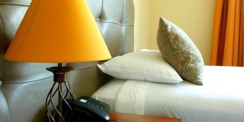 Забронировать Embassy Quito