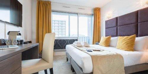 Забронировать Madame Vacances - Hôtel Courchevel Olympic